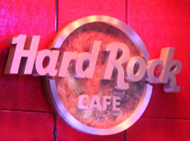 Hard Rock (2)