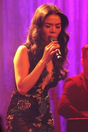 AsianShow33