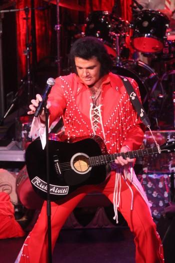 Elvis24