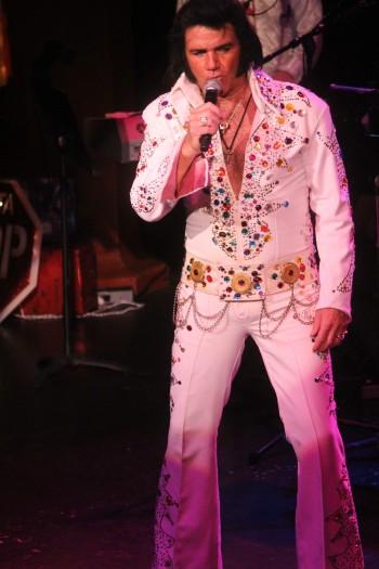 Elvis38
