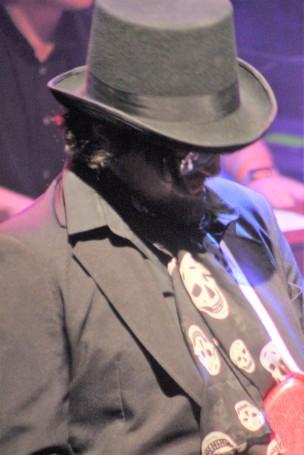 Wilburys13